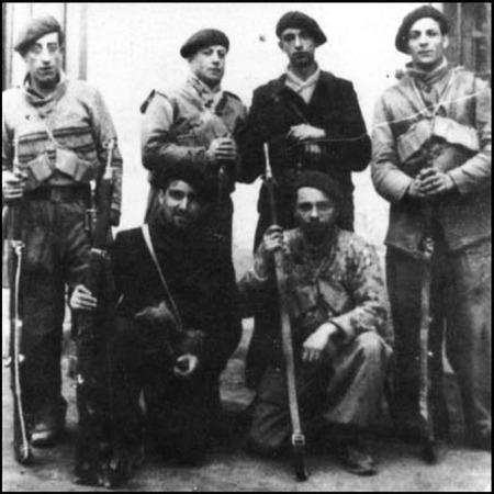 Miembros del Ballatón Comuna de Paris.